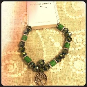 Jewelry - *Free with any purchase* Tree of life bracelet